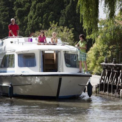 Le Boat Canal Du Midi boating holiday