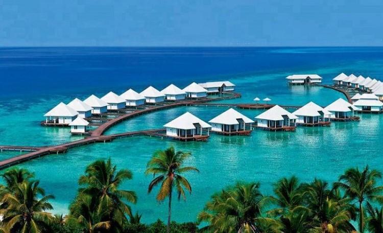 Athuruga-Water-Villas-Maldives