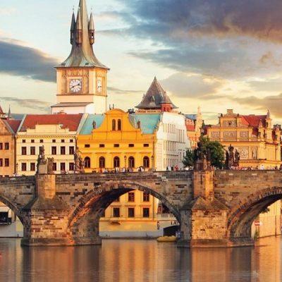 Luxury River cruise - Uniworld - brilliant bordeaux